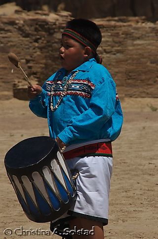 Young Acoma boy (Chaco 2008)_DSC_5994