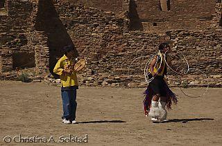 Laguna Hoop Dance (Chaco 2008)_DSC_6126
